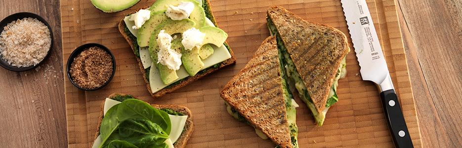 Sandviș cu avocado