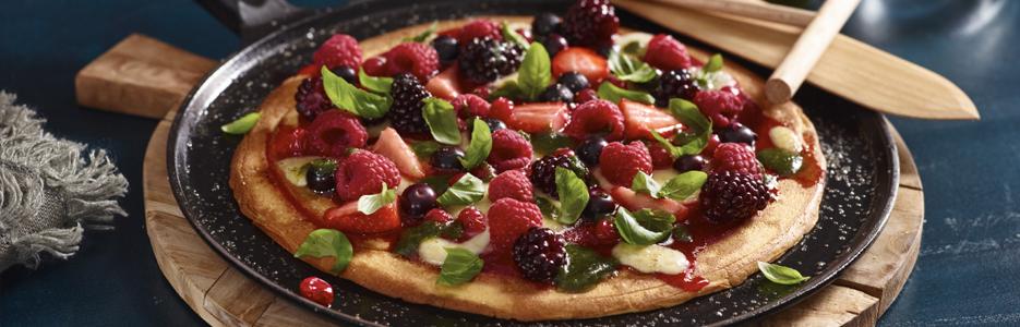 pizza cu fructe de padure