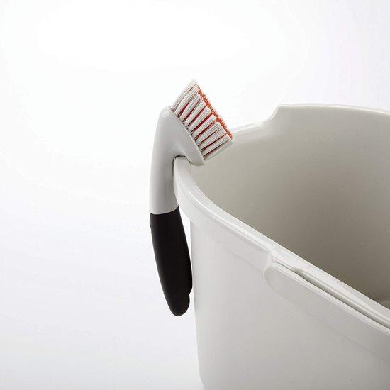 Perie pentru curatat suprafetele inguste - OXO