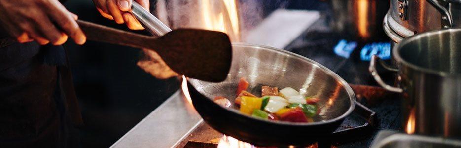 Cele mai bune tigăi pentru bucătăria ta. Ce tipuri să alegi și cum să le întreții