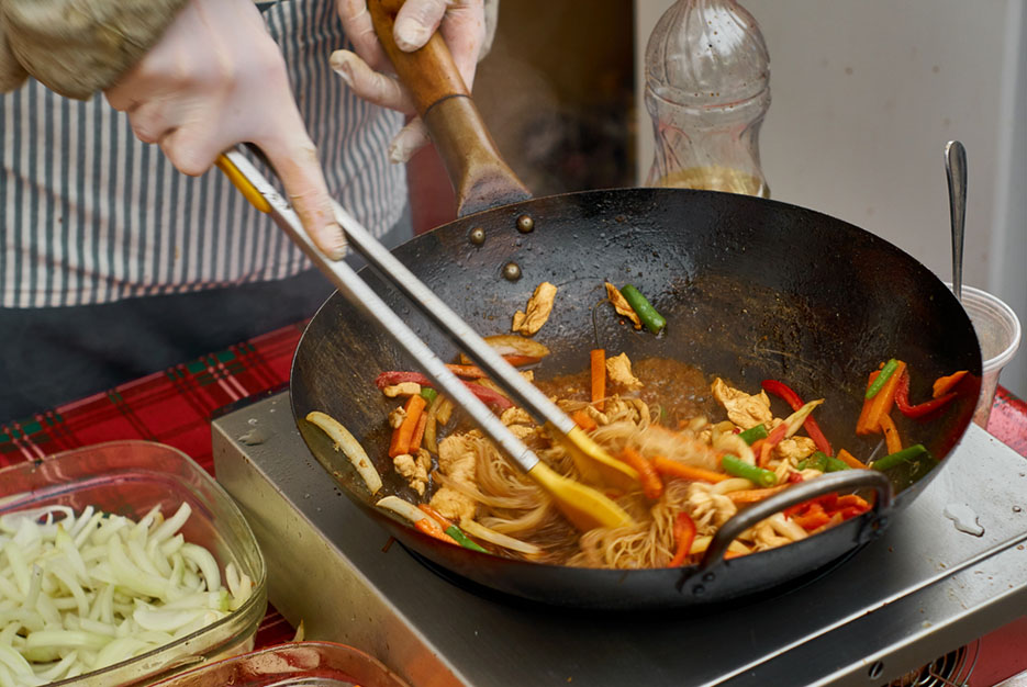 tigaia wok
